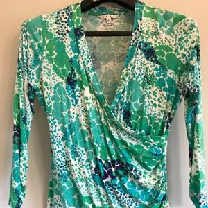 CAbi Wrap v neck blouse sz L